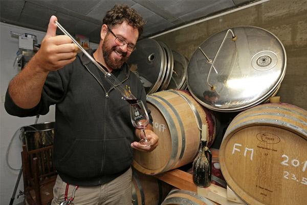 Do fliaš dáva tradičné račianske víno!